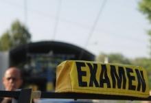S-au reluat examinările practice pentru obținerea permisului auto