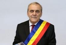 Primarul Ion Georgescu vă urează La mulţi ani!
