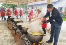 Primarul Dan Stroe a readus tradițiile de Rusalii la Bradu