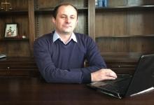 Secretarul de stat Robert Tudorache anunţă schimbarea Legii Energiei