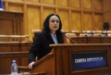 Deputatul Simona Bucura Oprescu îl taxează pe ministrul Transporturilor, pe tema autostrăzii Piteşti...