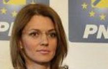 Alina Gorghiu, favorită să îi ia locul lui Miuțescu la conducerea PNL Argeș