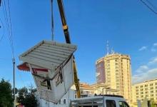 Chioșcurile fără forme legale sunt ridicate de către municipalitate, în Pitești!